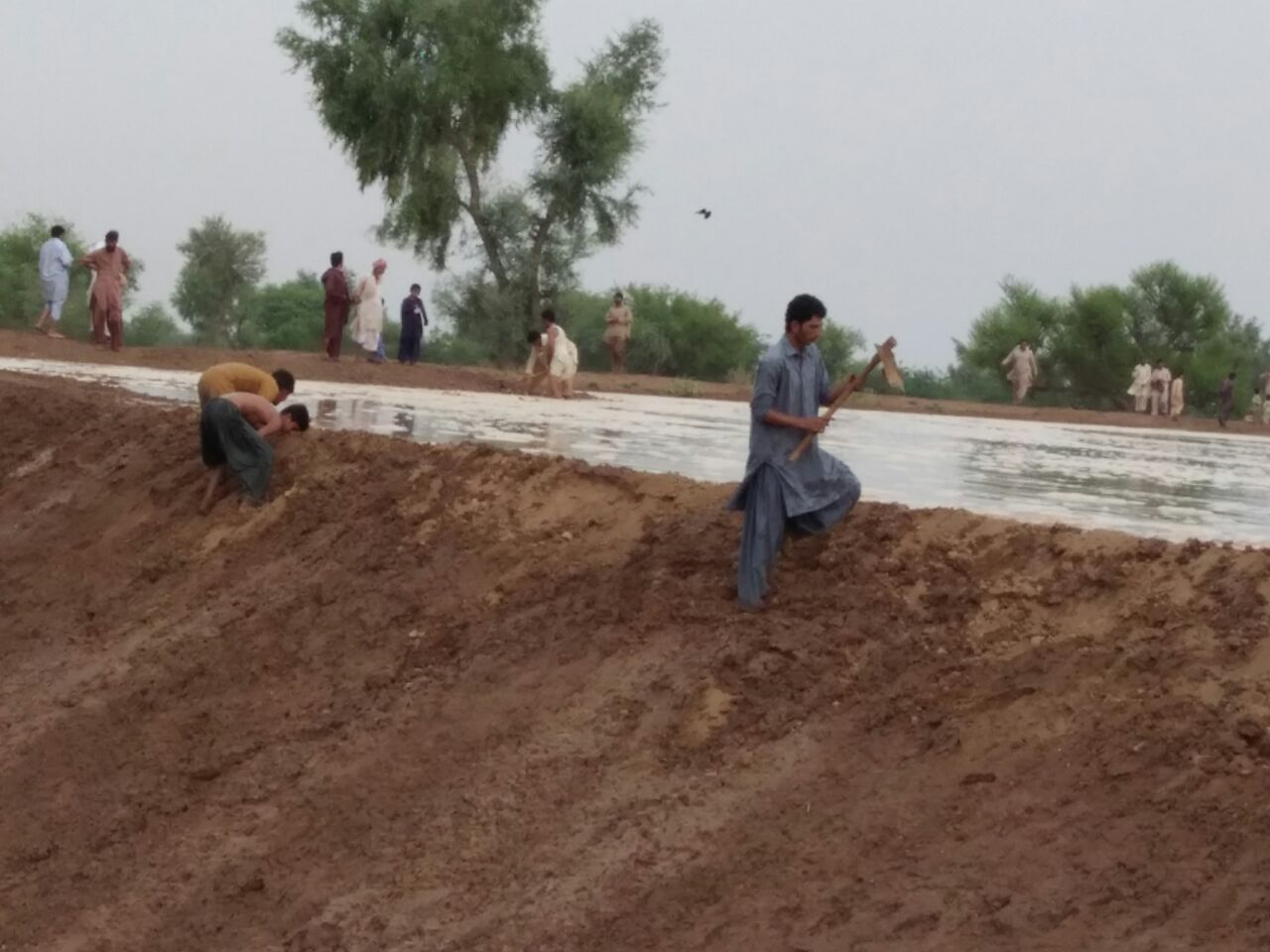 Instant Repair over topping field. Kot Kaisrani SPate Irrigation SYstem